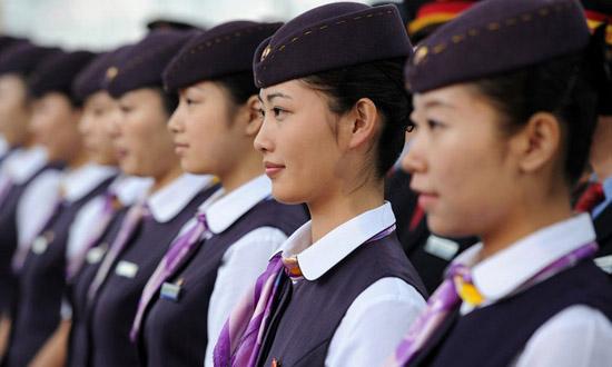 郑州中原中等专业学校高铁乘务专业